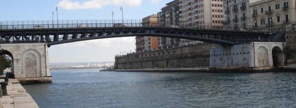 Jumpytravel taranto servizio di guida turistica per taranto for Ponte delle cabine di rapsodia dei mari 2